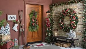 Christmas Decoration For Front Porch by Christmas Decor For Front Porches