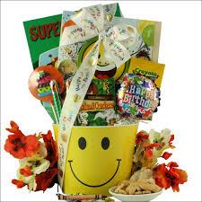 happy birthday gift baskets birthday smiles kid s birthday gift basket ages 3 to 5