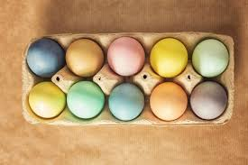 easter egg dyes to naturally dye easter eggs