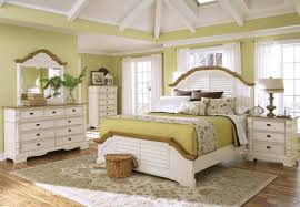 Bedroom Furniture Images by Awesome Distressed White Bedroom Furniture Pictures Awesome