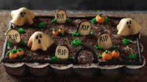 dirt cake halloween halloween graveyard cake youtube