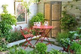 decoration petit jardin aménagement jardin conseils informations et devis