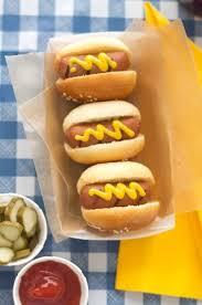 Cute little hot dogs with cute little trays Love this idea for a