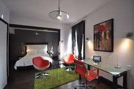 deluxe queen with fireplace queen bed swiss hotel