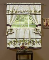 Kitchen Window Valance Ideas by Kitchen Curtain Ideas For Bay Window Kitchen Window Treatments