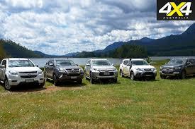 mitsubishi pajero 2016 white ford everest trend v mitsubishi pajero sport v toyota fortuner v