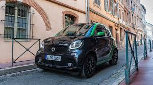 renault twizy vs smart fortwo smart fortwo electric drive 2017 review by car magazine