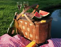 Best Picnic Basket Where To Enjoy The Best Picnics In Cape Town Cometocapetown Com