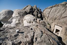 mount rushmore secret chamber the secret room behind abraham lincoln s face on mount rushmore