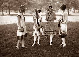 in the 1920s girls started wearing dressing that had shorter