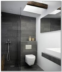 badfliesen grau badezimmer fliesen ideen grau bad bath