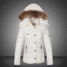 discount 2015 moncler down coats for women with fur cap mc1030