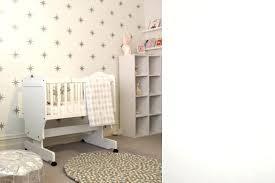 chambre bébé papier peint papier peint pour chambre bebe papier peint actoiles chambre enfant