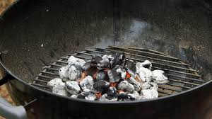 how to light charcoal this is the proper way to light a grill munchies