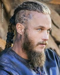 ragnar lothbrok cut his hair me encanta pinterest vikings ragnar