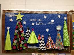Christmas New Year Display Board Decoration by Best 25 Kindergarten Christmas Bulletin Board Ideas On Pinterest