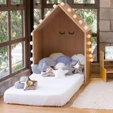 a nossa querida little house é uma peça que permite diversos usos