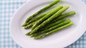 cuisiner asperge verte asperge verte cuiller hd stock 436 147 576 framepool