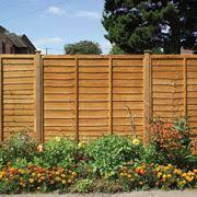 ringhiera in legno per giardino recinzioni giardino recinzioni come realizzare recinzioni per