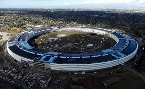 here is what apple u0027s spaceship campus looks like now video