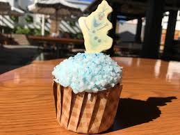 review olaf marshmallow cupcake at disney u0027s hollywood studios