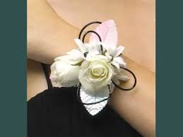 Corsages For Homecoming Wrist Corsage For Homecoming Beautiful Picture Ideas Wrist
