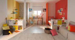 amenagement chambre 2 enfants 2 enfants 1 chambre 5 idées déco grande chambre jaune