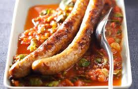 cuisiner des saucisses saucisse de veau à la tomate recettes de cuisine la viande fr