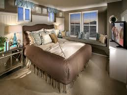 small master bedroom decorating small master bedroom ideas on small master bedroom decorating