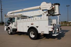 2004 international 60 u2032 material handling bucket truck mpf 1128