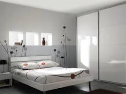dressing chambre à coucher organiser un dressing dans la chambre à coucher par carnet deco