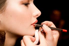 makeup artist how to apply makeup makeup artists techniques and tricks