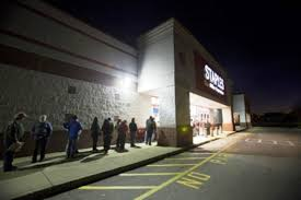 100 is home depot open on thanksgiving hhgregg joining