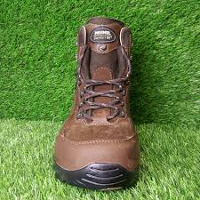 boots uk wide fit mens matrei gtx wide fit boot leather hiking boots meindl