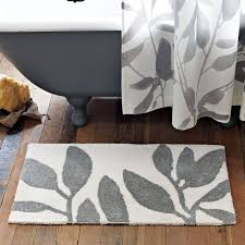 Contemporary Bath Rugs 10 Essential Things You Need In Your Bathroom