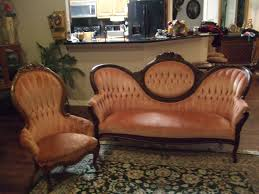 Kimball Victorian Furniture Reproductions by Can Spray Paint The Fabric With Fabric Paint White Or Light Pink