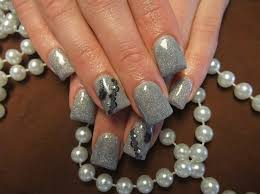day 143 silver sparkle nail art nails magazine