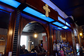 have a drink on me pittsburgh s 15 best looking bars pittsburgh 20150617bwbbqfood02 1 jpg
