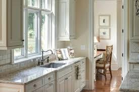 white dove cabinets traditional kitchen sherwin williams