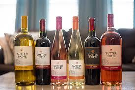 Diy Wine Bottle Decor by Diy Wine Bottle Holiday Decor