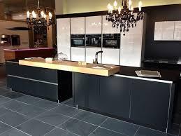 luxus küche luxusküche mit schwarzen fronten luxusküchen