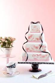 plain wedding cakes wedding online cakes how to decorate a plain wedding cake
