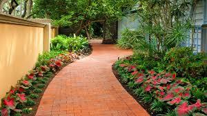 Ideas For Small Gardens by Wonderful Curved Garden Path Ideas Garden Walkway Ideas For