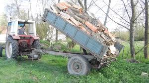 tracteur en bois remorque vidor et tracteur international ih 633 déchargement de