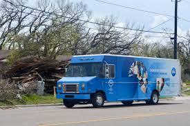 truck hurricane harvey relief p u0026amp g sends laundry trucks to texas