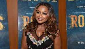 back of phaedra s hair rhoa phaedra parks says she doesn t have time for gossip will