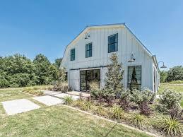 Barn House For Sale Fixer Upper U0027s U0027barndominium U0027 On The Market For 1 2m Curbed