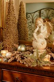 holiday tablescaping tips for tables mantles and more