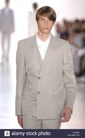 dark hair with grey models jil sander milan ready to wear menswear spring summer model