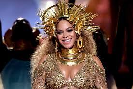 Beyonce Coachella by Beyoncé Postpones Coachella Performance To 2018